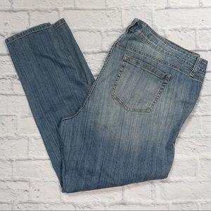 torrid Jeans - TORRID distressed boyfriend jeans SZ 22